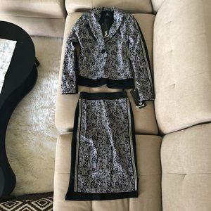 New European Design Suit; Skirt + Jacket; Sz: 34